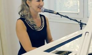 lilyan piano vocal